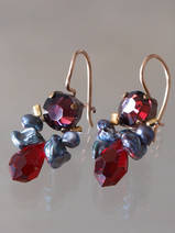 earrings Bee red crystal, dark pearls