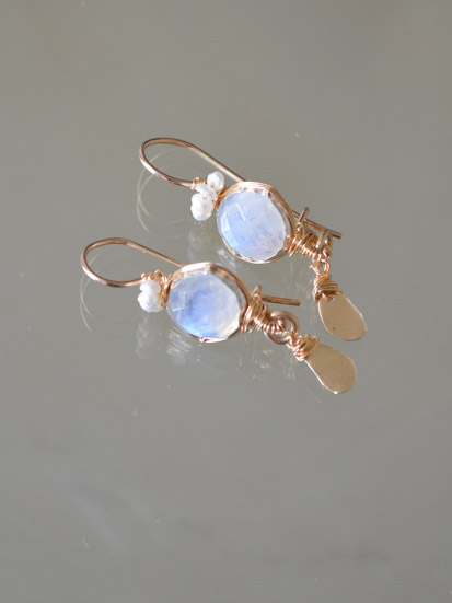 earrings Crown moonstone