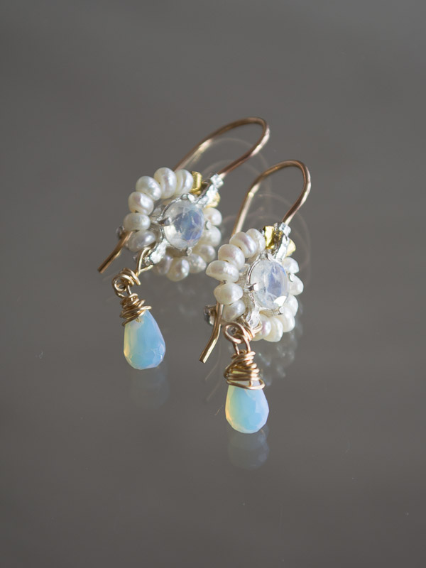 earrings Flower mini pearls and moonstone