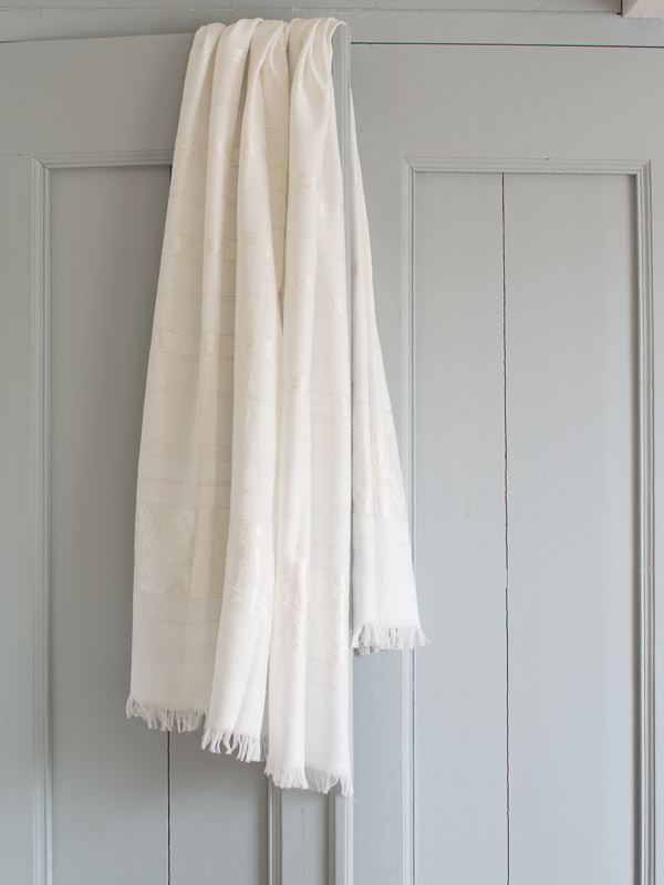 hammam towel with flowers, white shiny