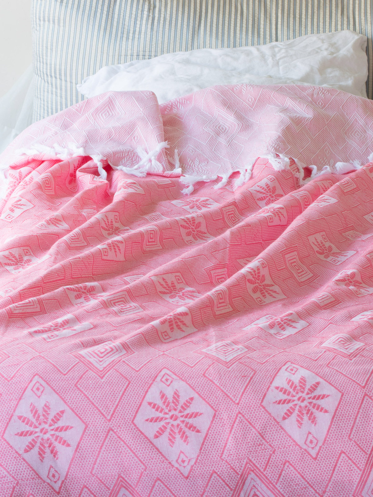 summer blanket candy pink