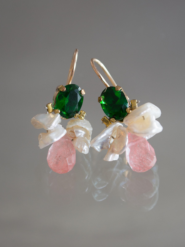 earrings Bee green crystal, pearls