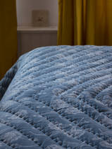 quilted bedspread, blue with grey