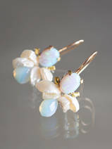 earrings Bee opal, pearls, opalite