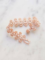 crocheted bracelet Marguerite