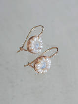 earrings Daisy moonstone and pearls