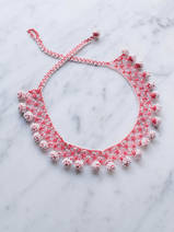 collier en crochet Dots