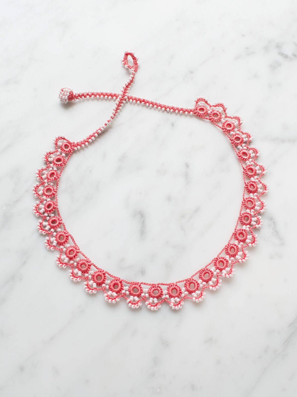 crocheted necklace Guirlande
