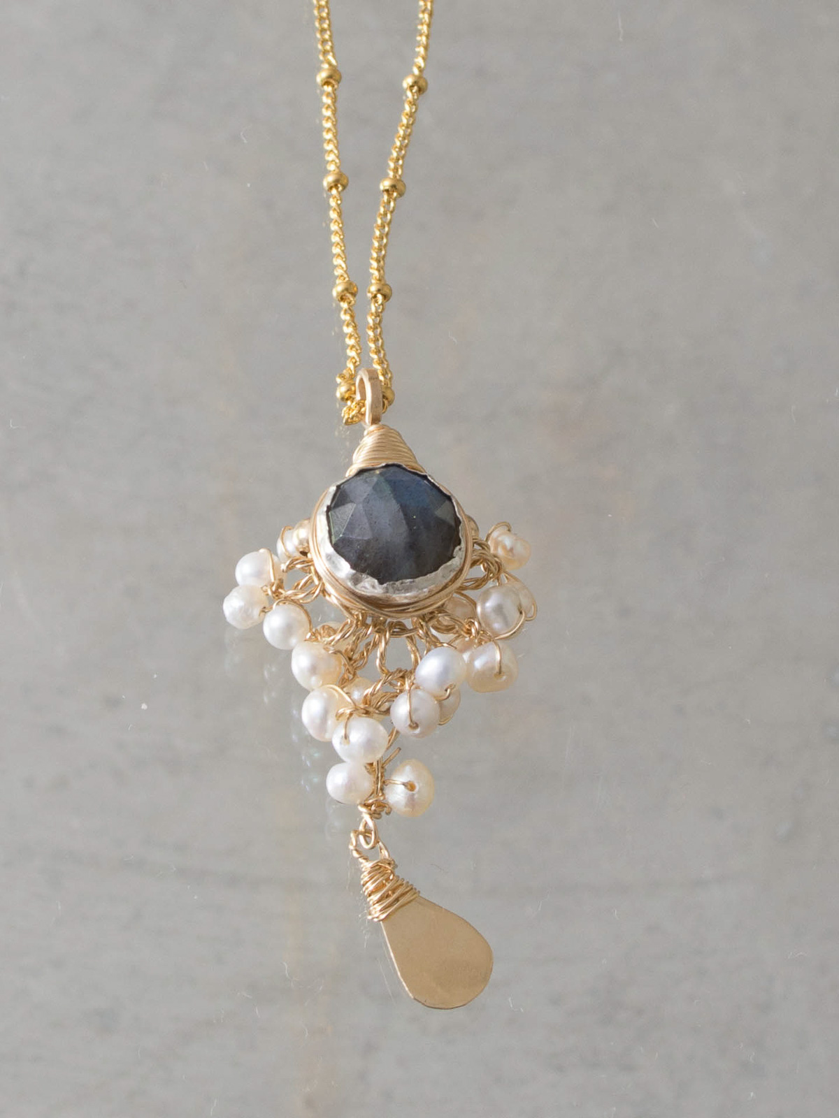 necklace Goddess labradorite and pearls