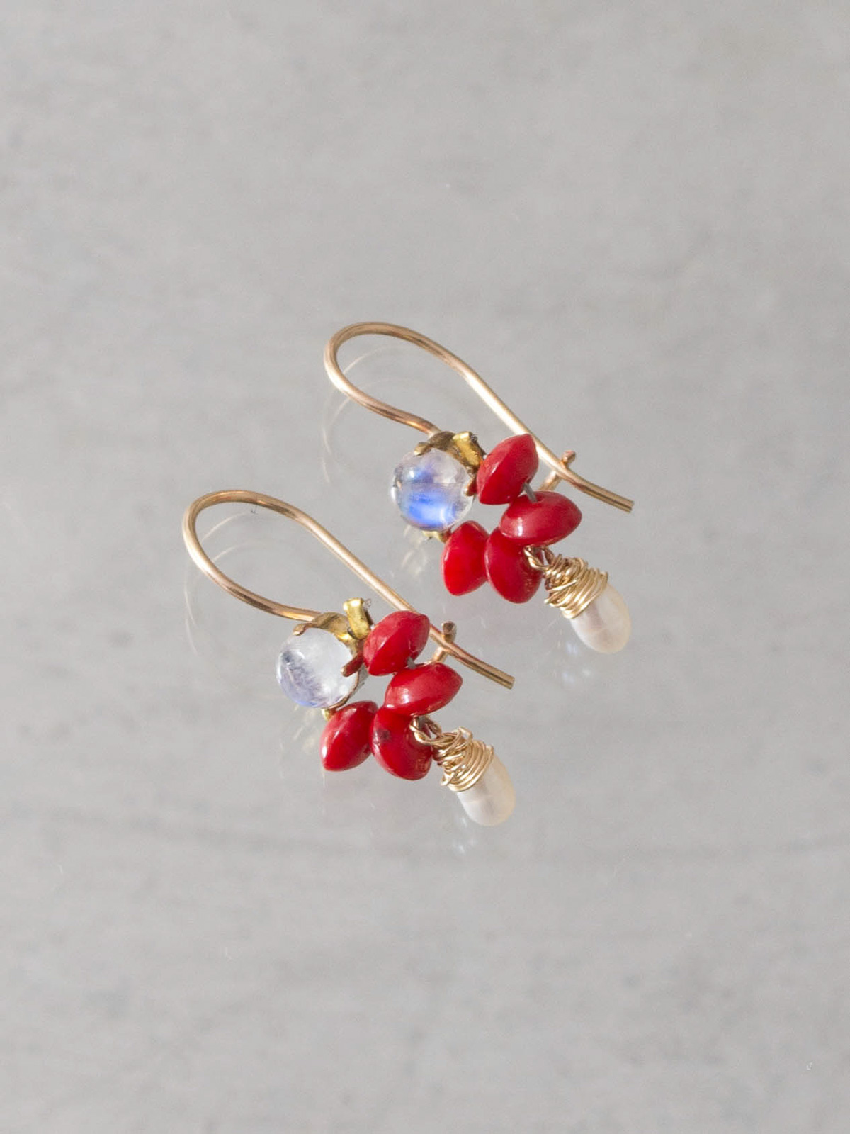 earrings Dancer coral, moonstone, pearl