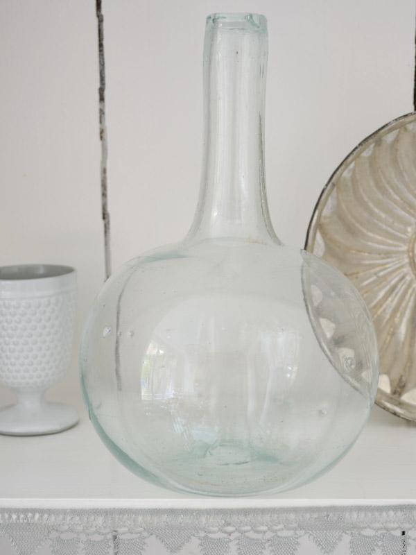 Large Spherical Vase With Slender Neck Vases Glassware