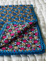 couverture bébé en flanelle with blue flowers