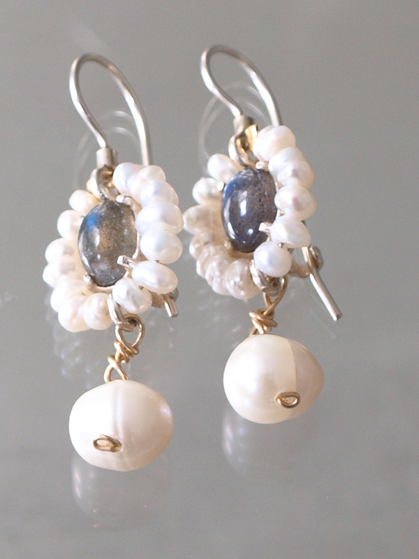 earrings Flower pearls and labradorite