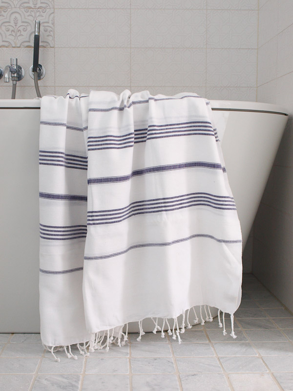 hammam towel white/dark purple
