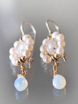 earrings Flower pearls and moonstone