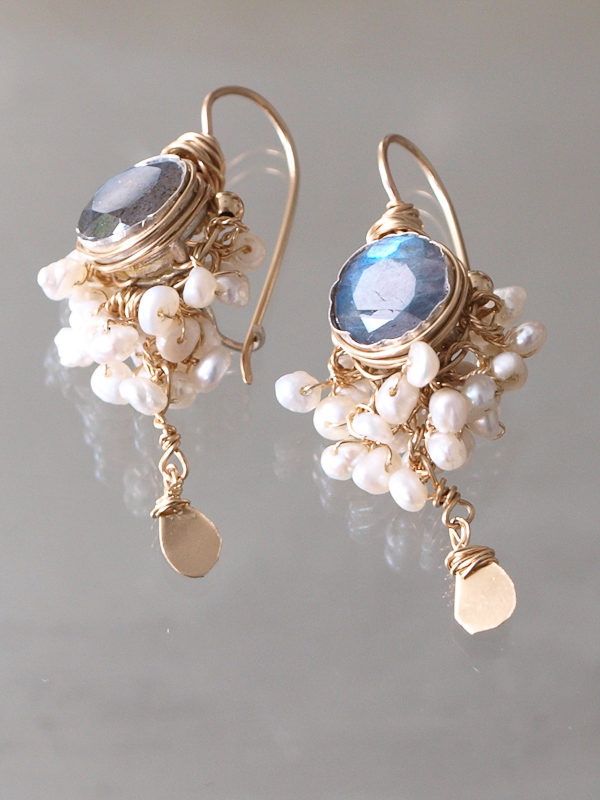earrings Goddess pearls and labradorite
