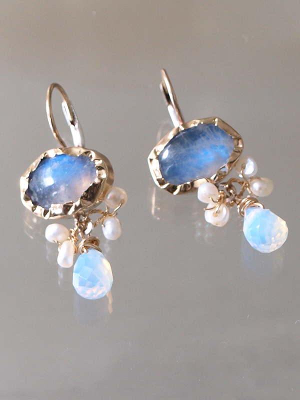 earrings Eye moonstone and opalite crystal